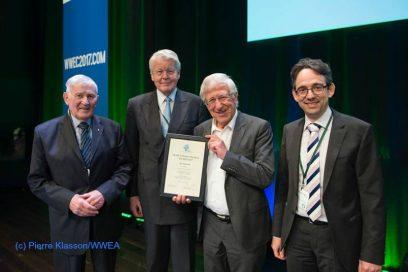 Windenergie-Preisverleihung an Econ Redner Franz Alt