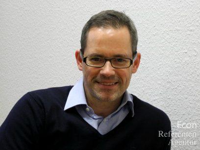 """srcset=""""https://www.econ-referenten.de/blog/wp-content/uploads/2018/01/Econ_Referenten_Groth_Alexander_Redner-Fuehrung-408x306.jpg/"""
