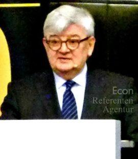 Econ Redner Joschka Fischer