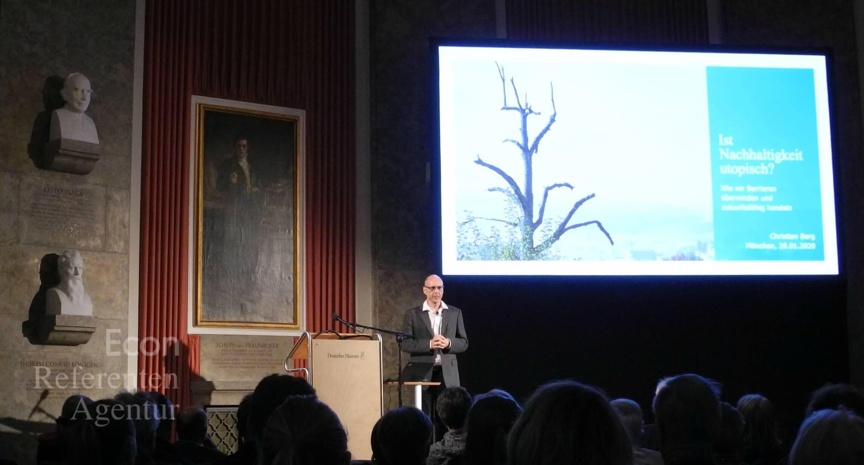ECON Redner Christian Berg Vortrag Nachhaltigkeitsbarrieren