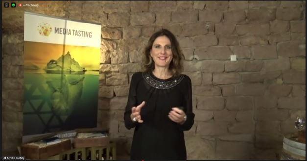 ECON Redner Anja Foerster beim Wine Tasting