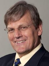 Profilbild: Prof. Dr. Eicke Weber