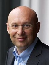 Profilbild: Prof. Dr. Stefan Hell