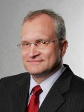 Profilbild: Prof. Dr. Christoph M. Schmidt