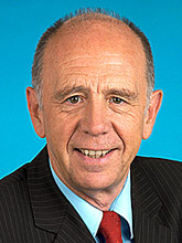 Profilbild: Walter Riester
