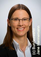 Profilbild: Dr.  Katrin Suder