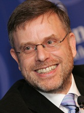 Profilbild: Prof. Dr. Gunter Dueck